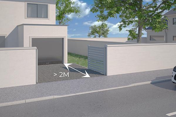 espace entre la maison et le portail pour un battant