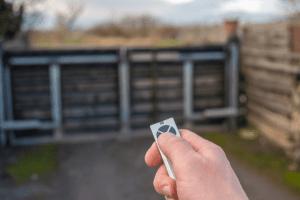 Ouverture de portail commandé par télécommande